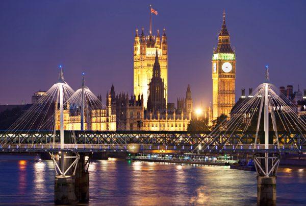 london_dest_16531610x