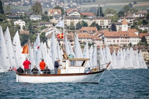 Start of the afternoon race with little wind: no pumping allowed